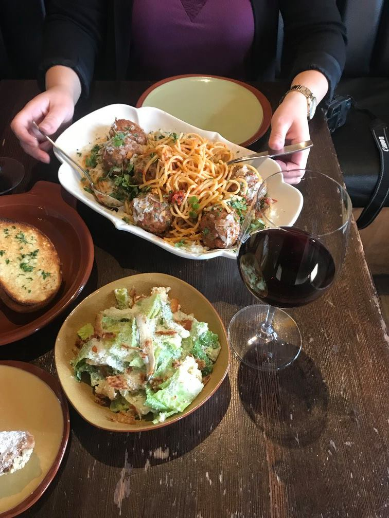 lunch dating calgary It's just lunch review (itsjustlunchcom) authored by: darin miller on wednesday, march 02 2016 @ 04:15 pm i been with ijl for over 5.