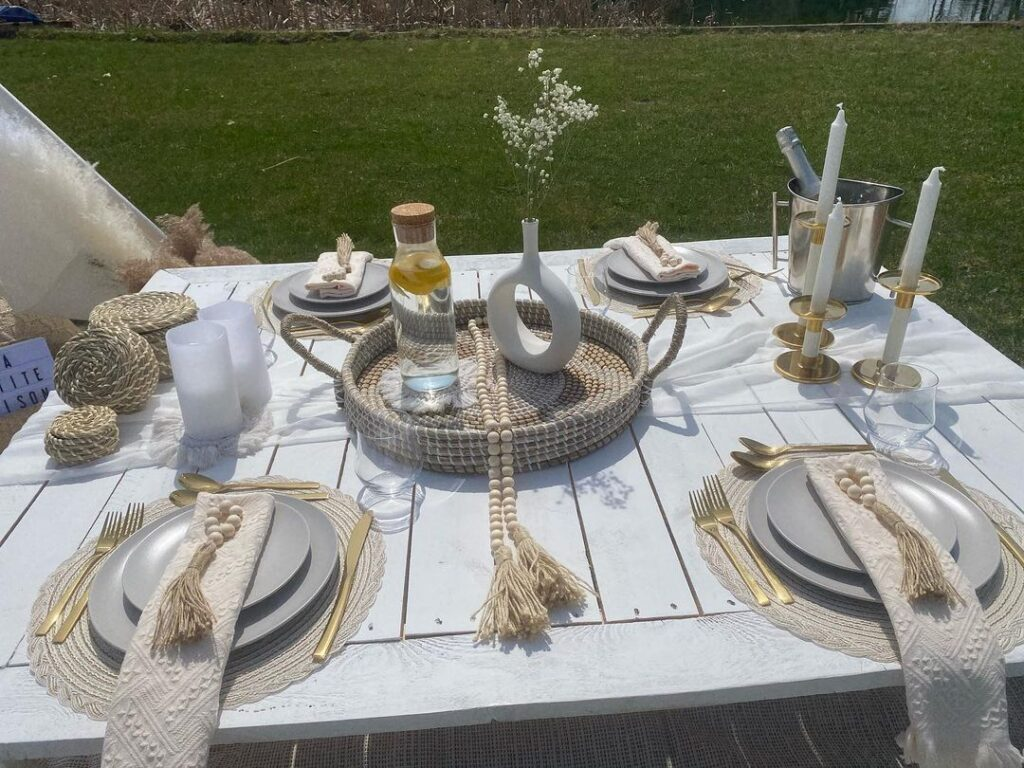 picnic set up by la petite maison
