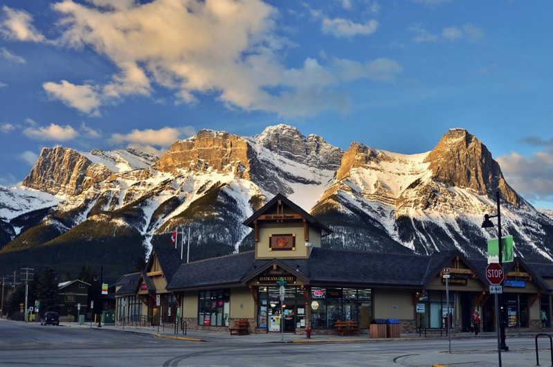 The view of the mountains from Downtown Canmore - a great view for a Calgary day trip