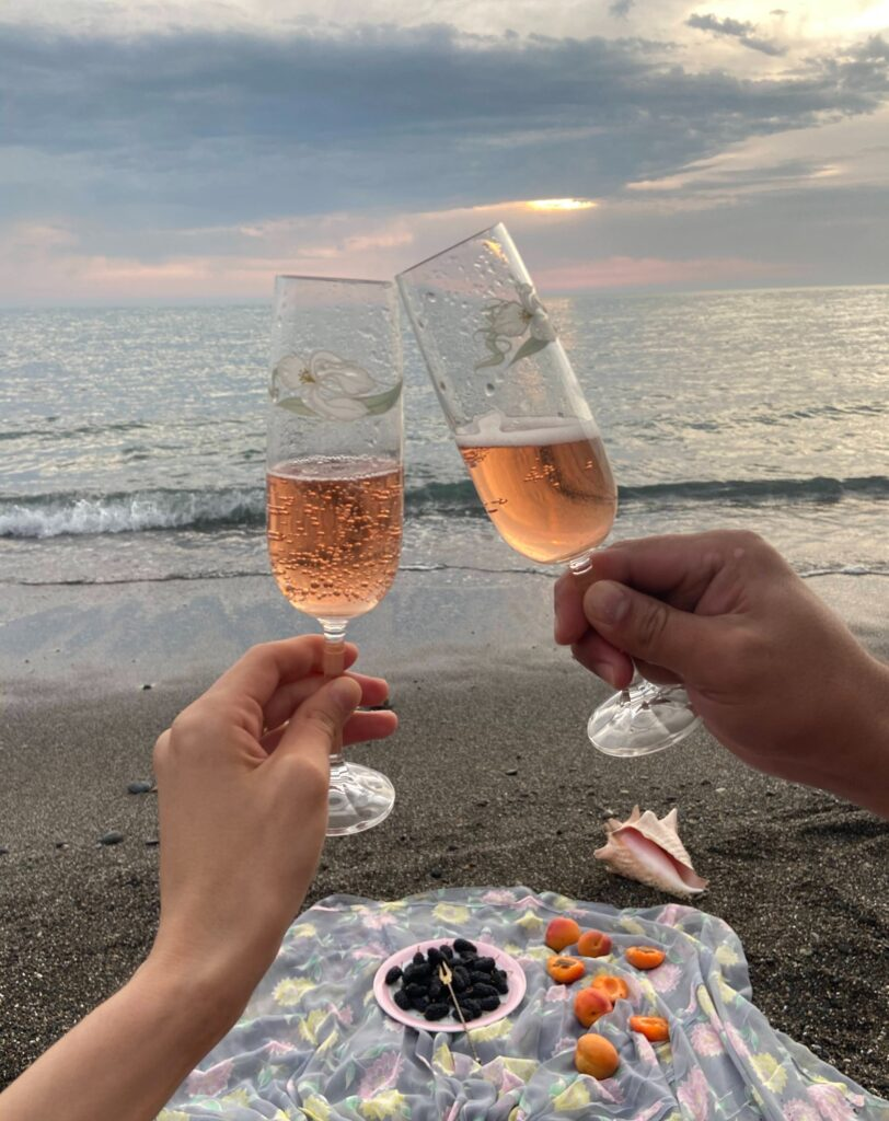 Picnic on the beach is a wonderful, low-pressure way to return to dating